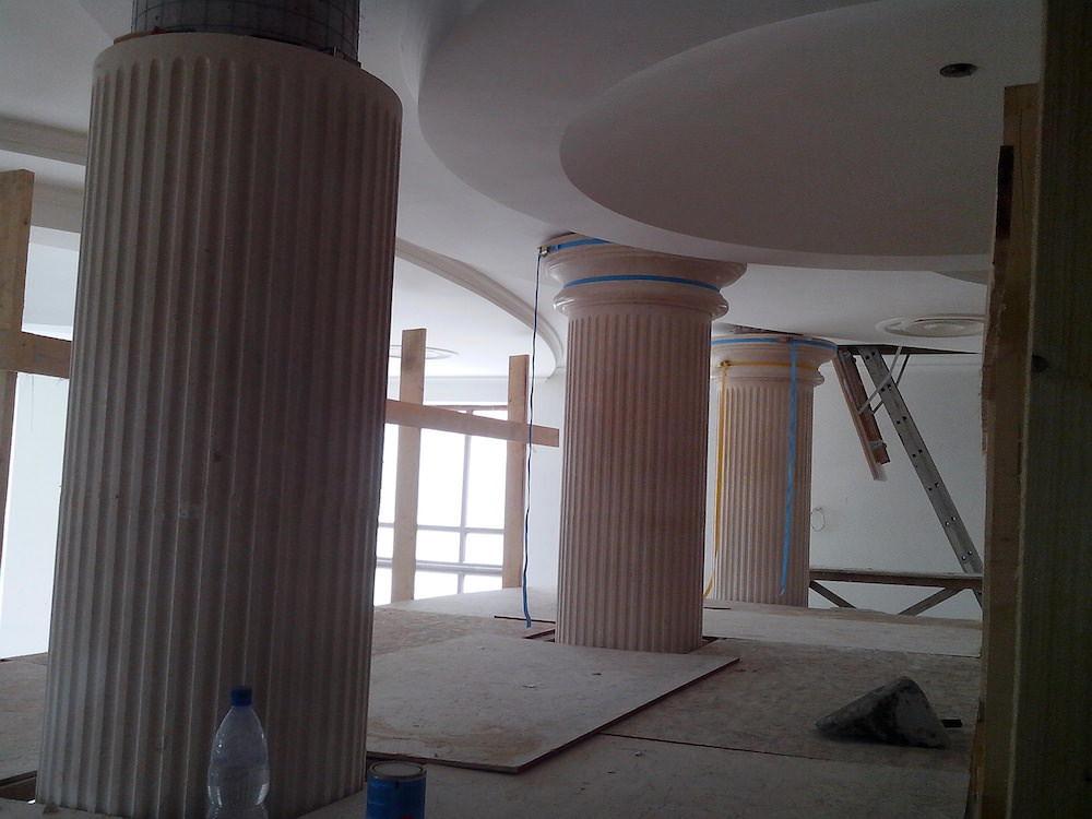 колонны каменные