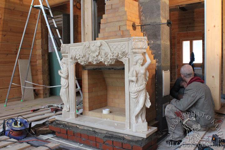 изготовление камина из мрамора