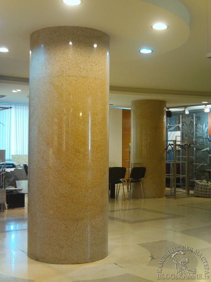 колонны из гранита