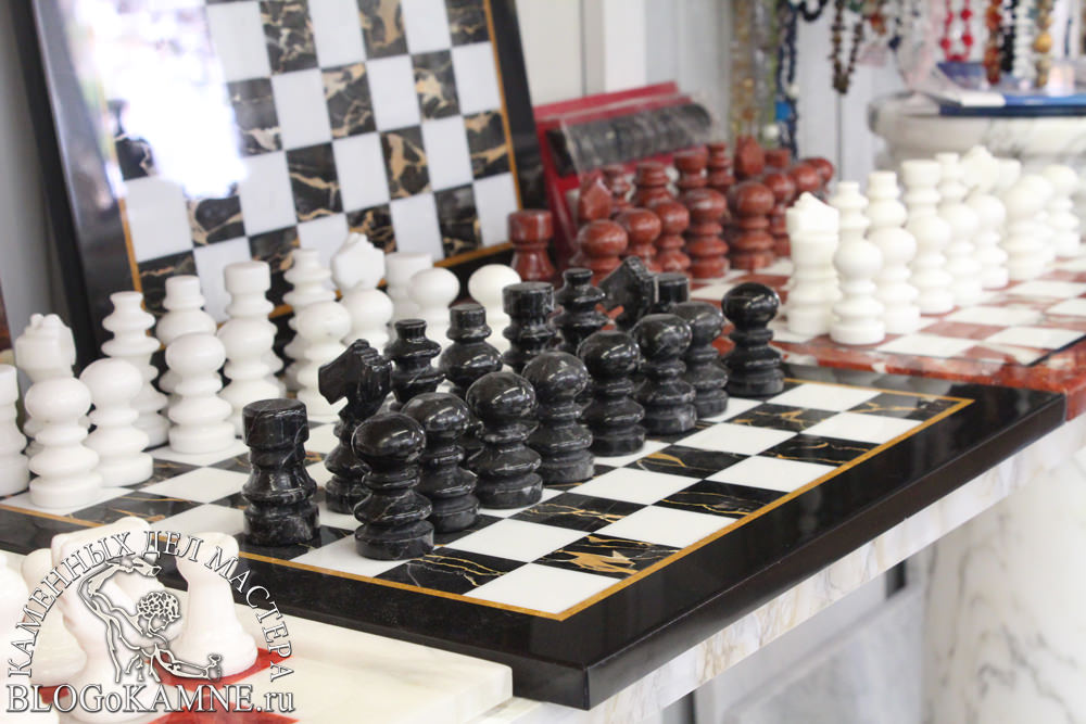 """шахматы из мрамора"""