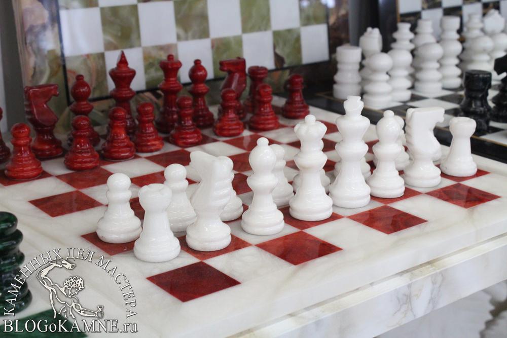 """шахматы из камня"""